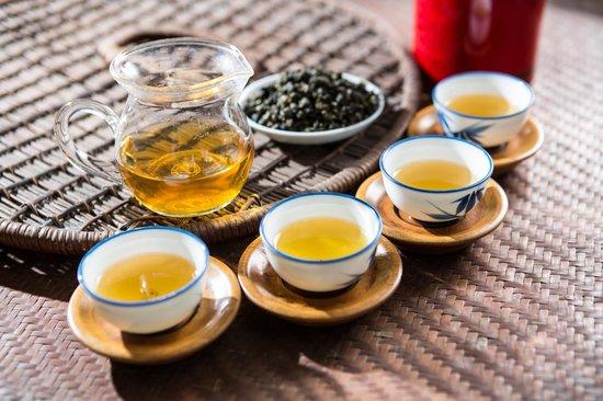 著重烘培與發酵烏龍茶